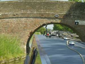 Very Narrow bridges - check out the bricks knocked out by narrowboats going through!