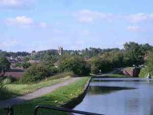 View back from Stourbridge Lock 16