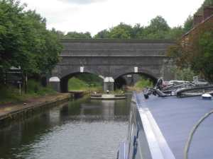 Approach to the Netherton Tunnel below the old canal
