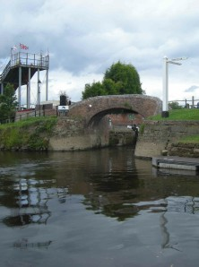 Looking back to the entrance to the canal at Stourport