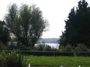 Vast lakes near Shenfield/Garston Locks
