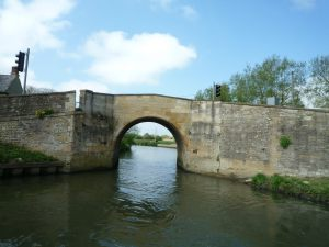 The quirky narrow bridge at Radcot - this one build in the 1700's though it looks much older