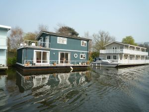 Hampton Wick House Boats