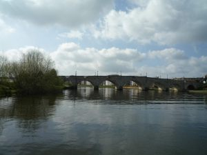 Looing downstream to Chertsey Bridge