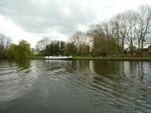 Unusually empty visitor moorings in Cookham (upstream of the bridge)