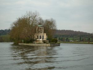 This private island downstream of Henley would suit us nicely..