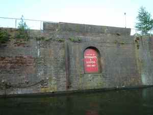 The sign tells a story - I wish all canalside industries, alive and dead, would identify themselves like this.