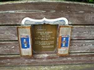 ....a disceet and loving memorial