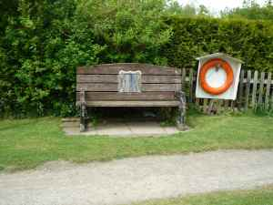 What's behind the hatch in this bench?