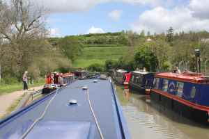 The start of the queue for Napton Bottom Lock (on the left)