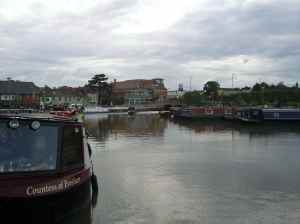 Stratford Basin and the restaurant boat 'Countess of Evesham'