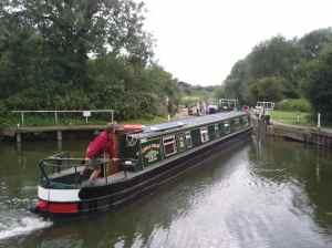 ire boat 'Silver Dove' doing a good job of the awkward angles at Nafford Lock