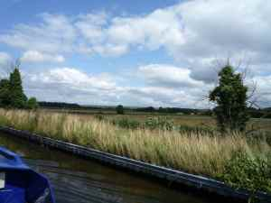Fine views on the Shropshire Union - shame you can't get in to moor here....