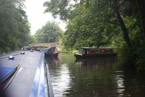 3-boat jam at Aldersley Junction