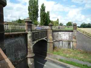 The fine aqueduct over Watling Street