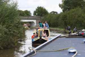 Day boat at Nantwich - get those legs back in the boat....