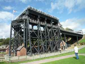 The complete boat lift