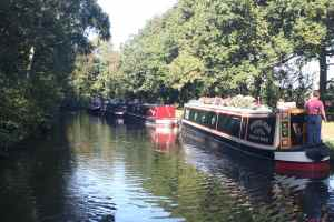 Our first views of the leafy Coventry Canal