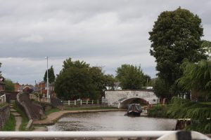 The view back down to the junction with the Middlewich Arm
