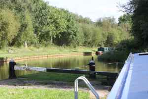 Pleasant moorings above Lock 42, and only a short walk back to the pub at Red Bull