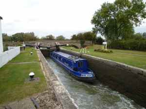 Stoke Hammond Lock - beautifully maintained