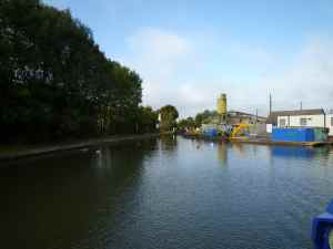 Marsworth Junction - looking towards the Aylesbury Arm