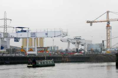 Passing Crossrail's Limmo site at the bottom of Bow Creek. Looks like they have a crane setup so that all tunnel segments can come in by water