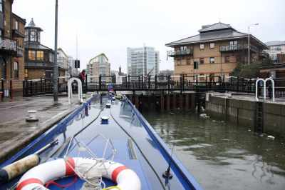 Safely in the lock, thank you Limehouse Lock Keepers