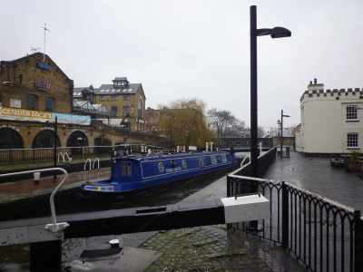 Camden Top Lock - on a Saturday morning - it was deserted - there are normally hundreds of gongoozlers - that tells you how bad the weather was :-D