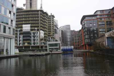 The end of Paddington Basin - I wonder if that half-finished building will be the last of the developments here or will they start demolishing and putting up new buildings???