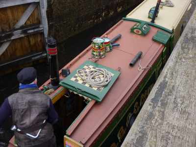 I love the Snakes n Ladders board on the hatch - great idea!