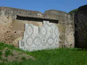 Beautiful wall mosaic at Ostia Antica - there were several partially restored mosaics here - all wonderfully detailed...