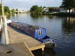 "I do like the Staines town moorings - maybe we should have stuck with them and not allowed our discomfort with the local ""yoof"" to make us move..."