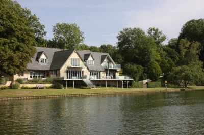 Ooh you could fancy a riverside home like that - shame about the £2.5 million price tag!