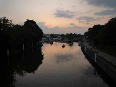 Dusk at Teddington - I always think it's the best time of day to be on the water...