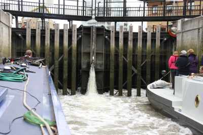 No paddles at Limehouse - it's a nice thrill with which to end the cruise :-)