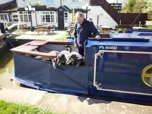 nb Mary Beth - THE 4-greyhound boat :-)