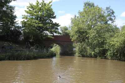 The entrance to the Droitwich canal - looks enticing - but not today... :-)
