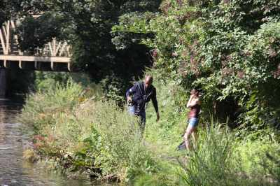 You see all sorts on the canal - this was a photo shoot with the girl pouting in hot pants - though I was a bit shy to take an obious photo of the photographer!
