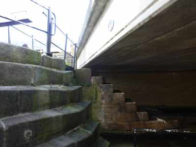 Mind your head Richard! The logic-defying steps down from Lock 1!