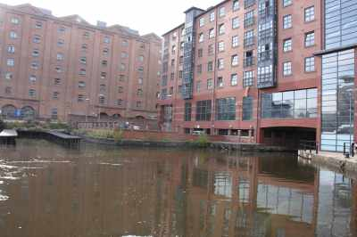We weren't sure of the status of these mooring pontoons - the sharp right turn under the building takes you to the Rochdale Canal,,