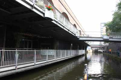 These canalside bars at Deansgate must be buzzing at night..