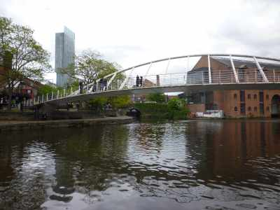 Castlefield Junction loks quite attractive - this is probably the best place to experience the canal and the city...