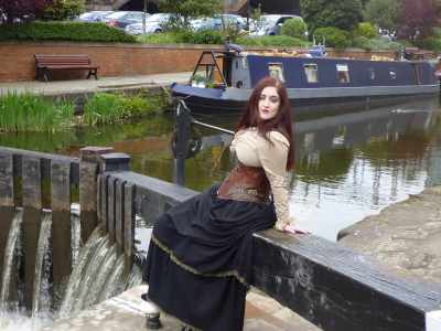 Steampunk photography - we had to sweep her off the beam shortly afterwards (but not into the canal!!)...