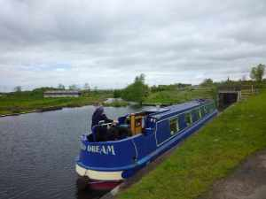 Out overnight mooring - the stup on the left is the route of the original canal - it had to be diverted because of the M62, which is very close by...