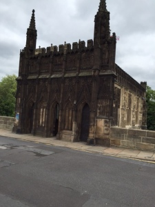 A different architecture - Chantry Chapel of St Mary, built in the 1300's on the old bridge - the back protrudes over the river Calder and looks more like a fort than a place of worship :-)