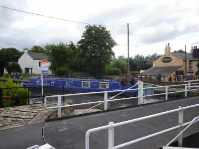"""There are quite a few swingbridges on this section - some over quite busy roads. This one i adjacent to the """"Running Horses"""" pub - the sign says """"dog friendly for friendly dogs"""" - ust stop there one day :-)"""