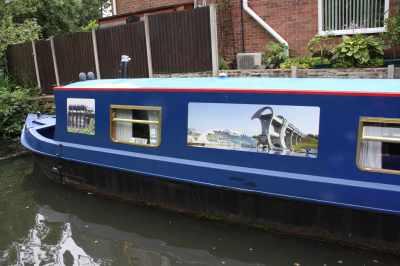 nb Kingsley Bridge - they love their boat lifts :-)
