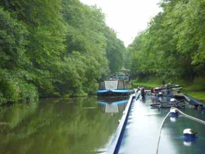 We know it's a broad canal, but we've seen so few wide boats on the move this trip boat came as a shock!