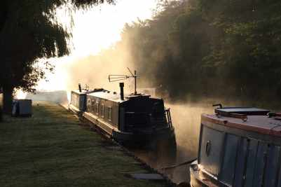 Mist on the water - the canals are so atmospheric...